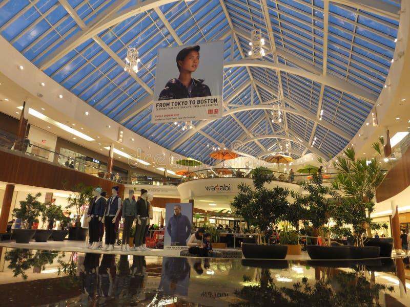 在内蒂克,马萨诸塞的内蒂克购物中心 库存图片
