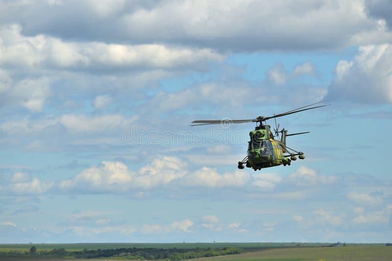 在军事多角形的罗马尼亚直升机IAR 330美洲狮 库存照片
