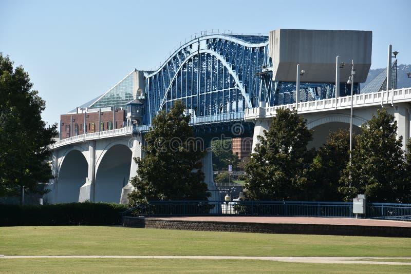 在农贸市场上的约翰罗斯桥梁在加得奴加,田纳西 免版税库存照片