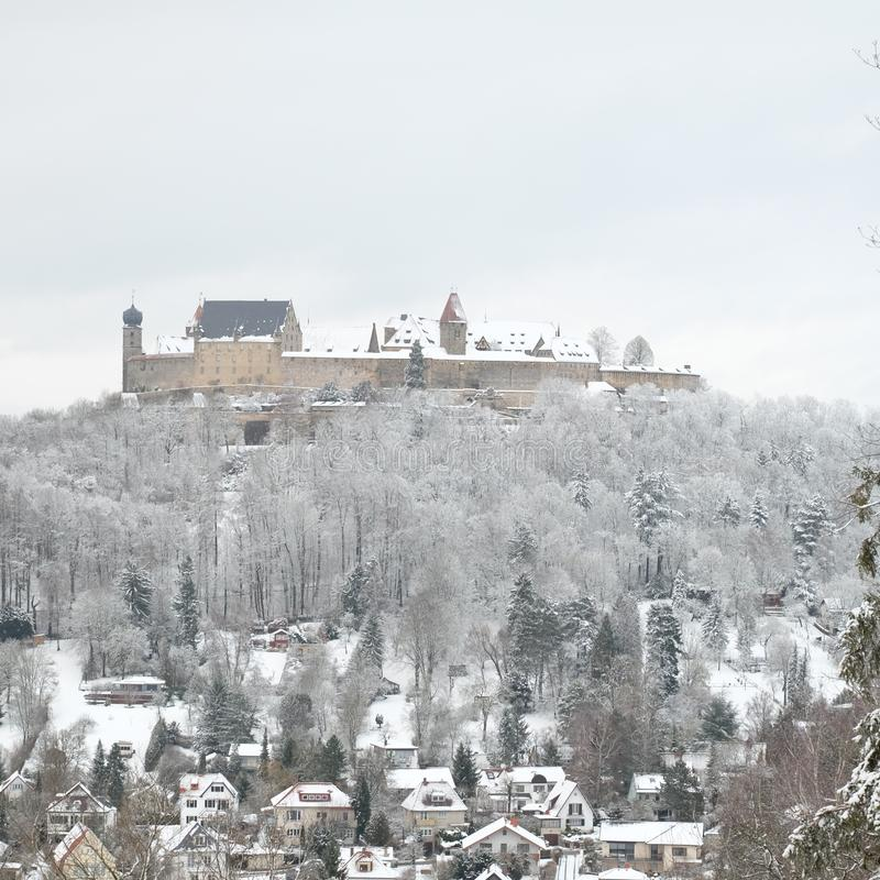 在冬天期间,斯诺伊Veste科堡 免版税库存图片