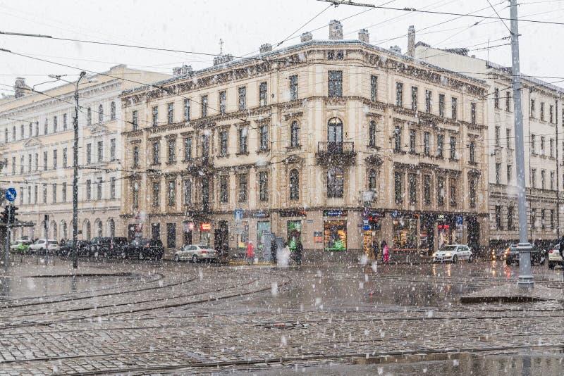 在冬天期间,大雪在里加 免版税库存图片