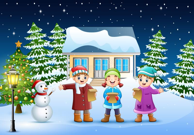 在冬天clotes的孩子唱圣诞节颂歌的小组在多雪的村庄 库存例证