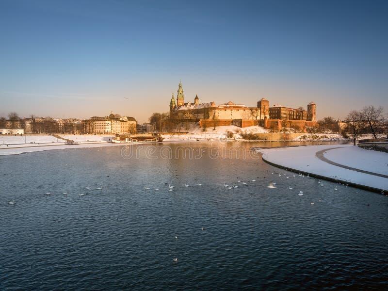 在冬时的Wawel城堡 库存照片