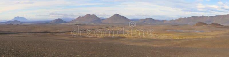 在冰岛高地的Moonscape 库存照片
