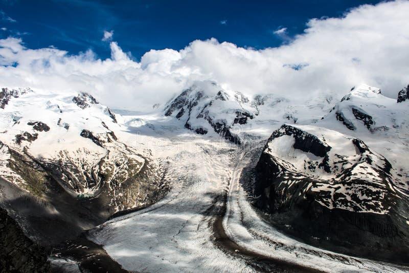 在冰川策马特,瑞士的Gornergrat视图 免版税库存图片