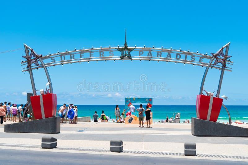 在冲浪者天堂,澳大利亚的入口标志 库存照片