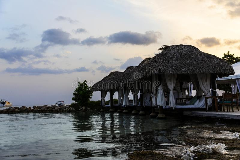 在凉鞋的机盖在内格里尔牙买加 免版税库存图片