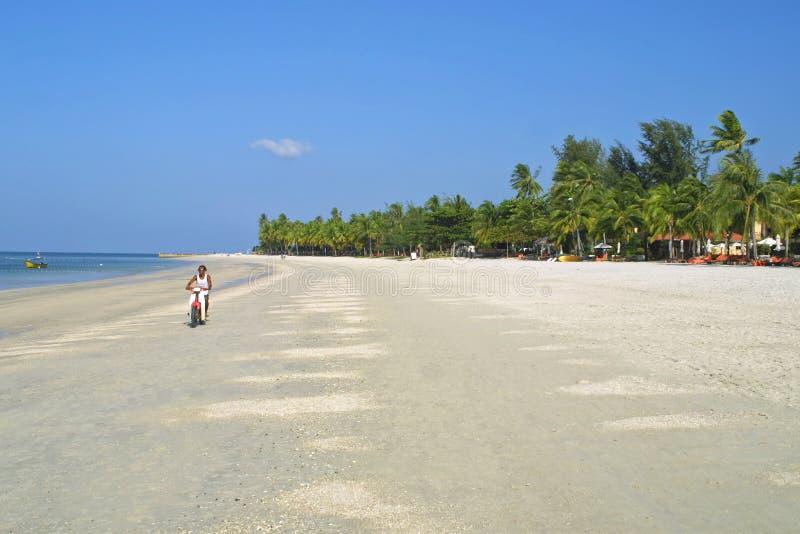 在凌家卫岛海岛,马来西亚上的Cenang海滩 库存照片