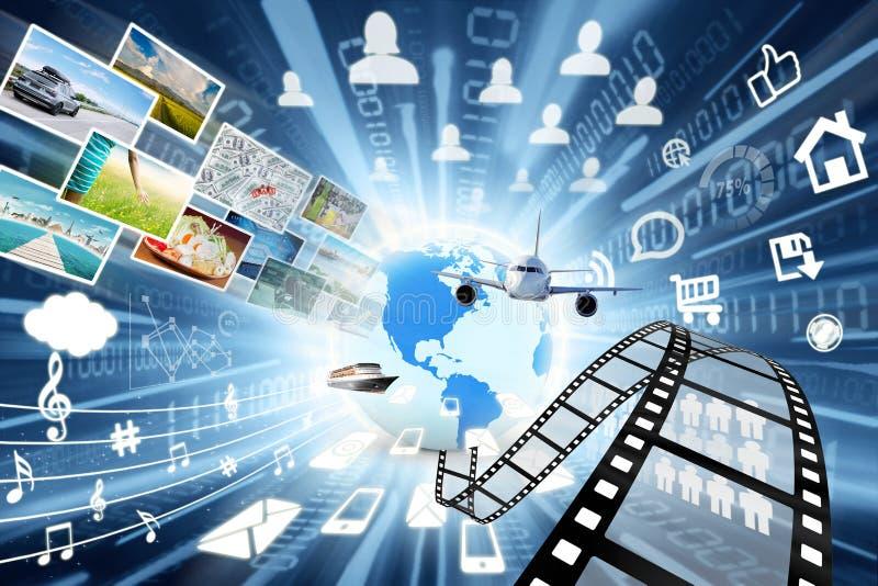 在分享概念的多媒体的数据传送 免版税库存图片