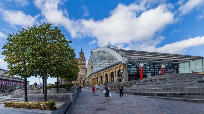 在利物浦,英国撒石灰街道火车站 免版税库存图片