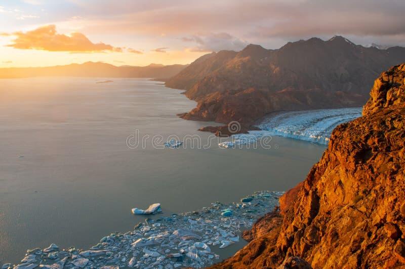 在别德马湖的日落,巴塔哥尼亚,Los Glaciares国立公园,阿根廷 免版税库存照片