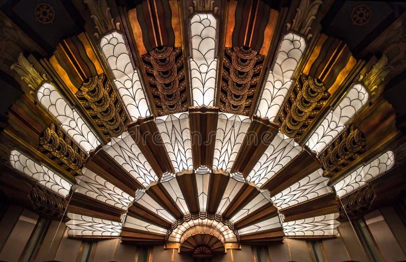 在剧院的艺术装饰光 免版税库存照片