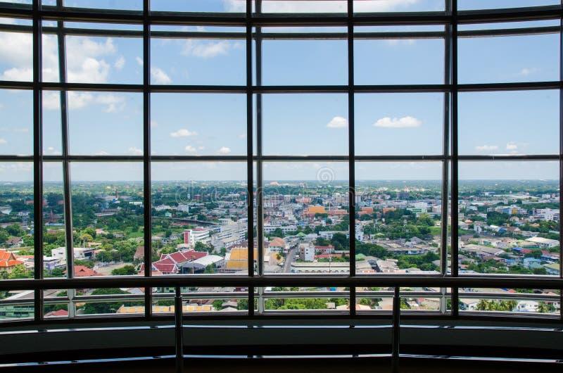 在办公楼的玻璃墙 库存照片
