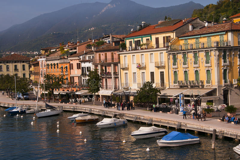 在加尔达湖意大利的Salo 库存图片