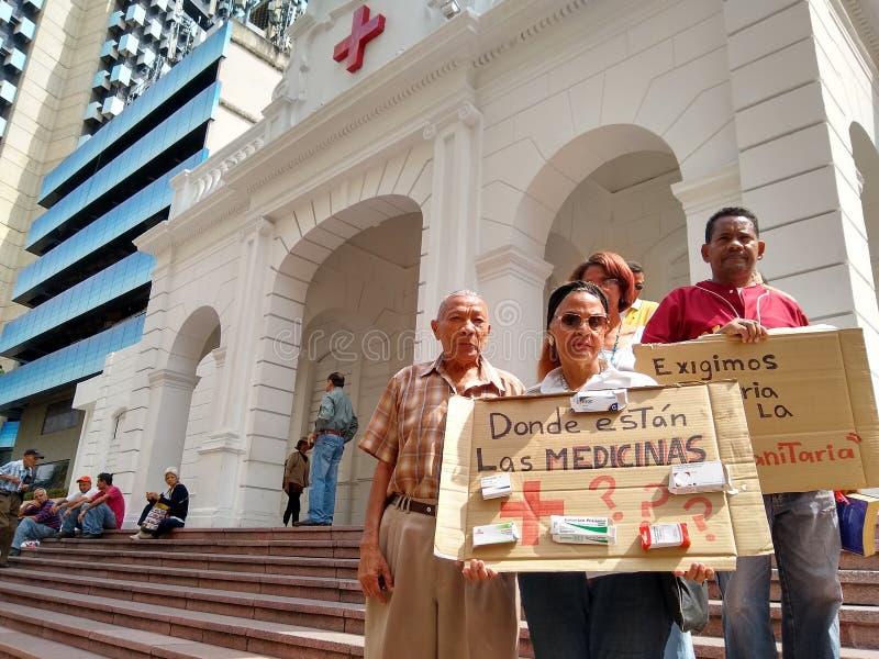 在加拉加斯医学短缺和人道主义援助的抗议 库存图片