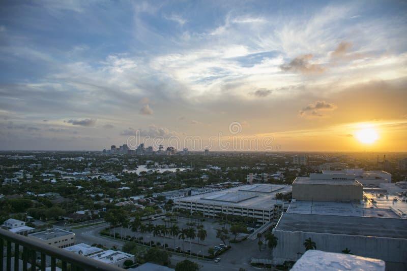 在劳德代尔堡,佛罗里达的美好的日出 免版税库存图片
