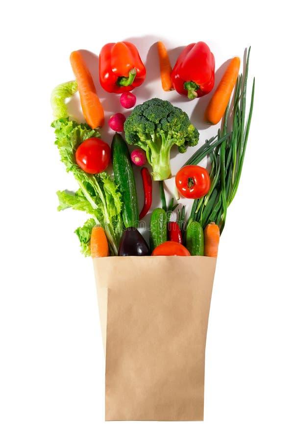 在包裹的健康食物 不同的菜演播室摄影  免版税库存图片