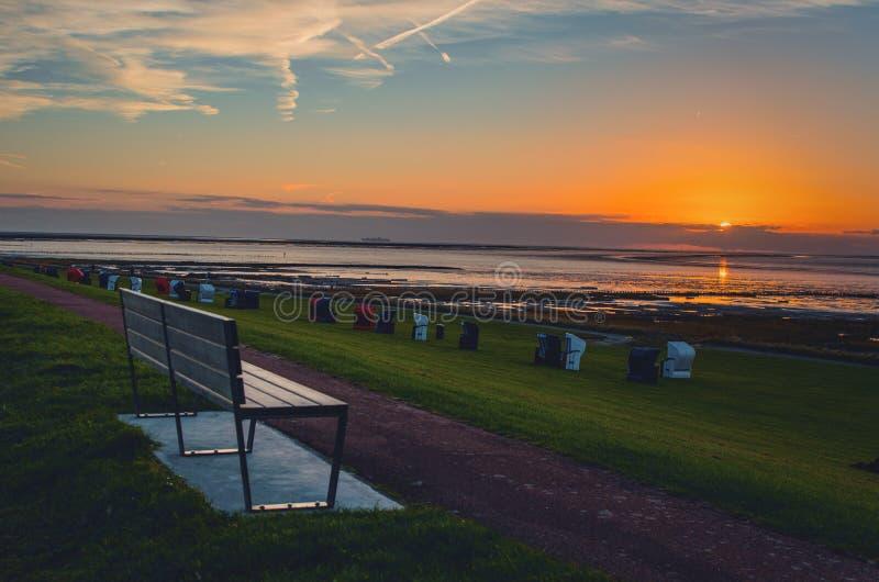 在北海海岸的日落在弗里德里希斯科格 库存图片