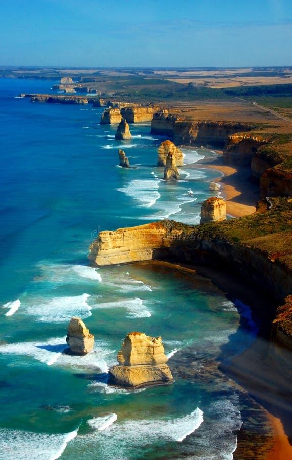 在十二位传道者,大洋路,澳大利亚的鸟瞰图。 免版税库存照片