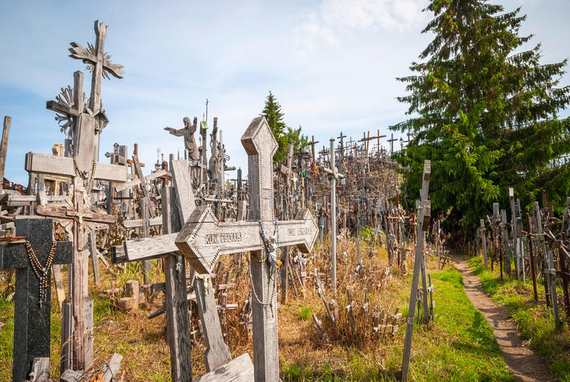 在十字架小山,立陶宛的十字架 图库摄影