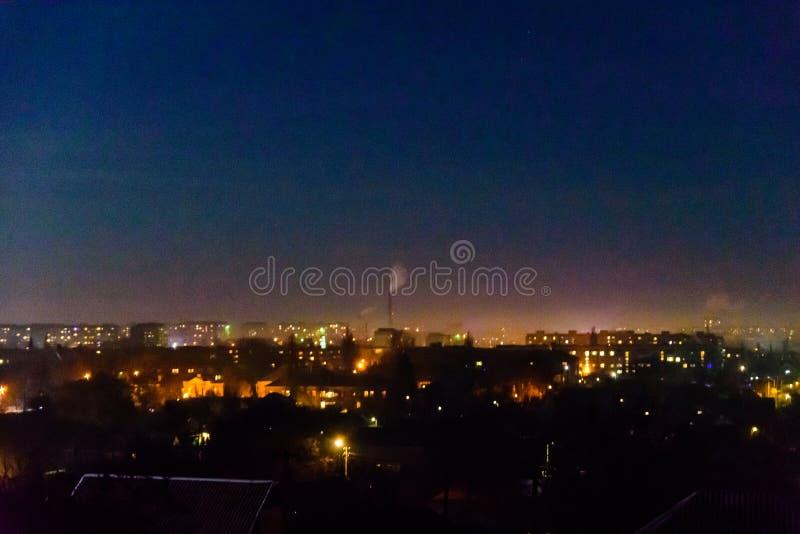 在午夜城市亚历山大,乌克兰的看法 免版税图库摄影