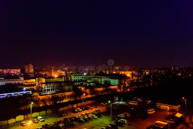 在午夜城市克列缅丘格,乌克兰的看法 免版税库存图片