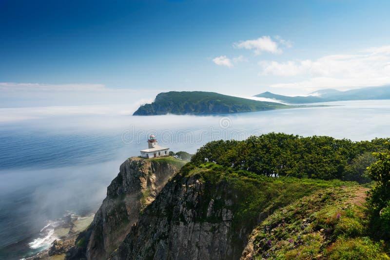 在半岛Bazeluk俄国人远东的灯塔 库存图片