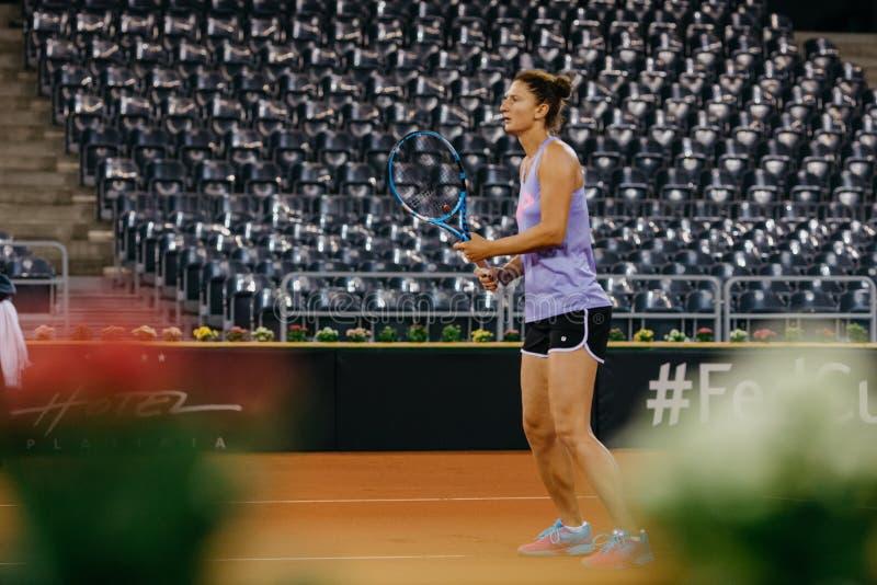 在协会杯2018年罗马尼亚的伊琳娜Begu训练 免版税库存照片