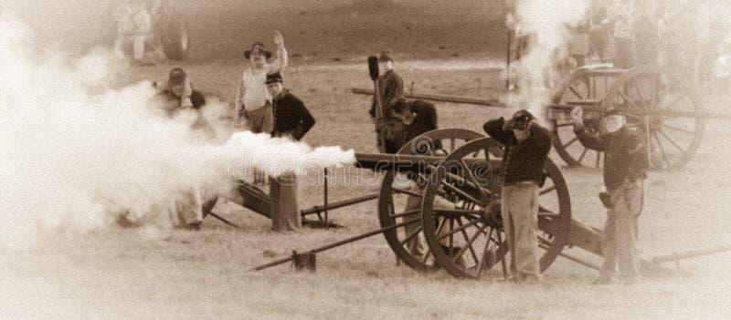 在南北战争期间的大声的炮火 免版税库存照片