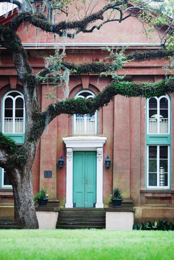 在南卡罗来纳大学的迷人的宿舍楼在查尔斯顿 免版税图库摄影