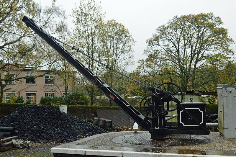 在南泰恩河谷铁路的小平台起重机 库存图片
