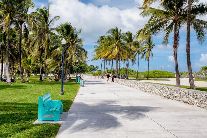 在南海滩的美好的夏日在迈阿密 免版税库存照片