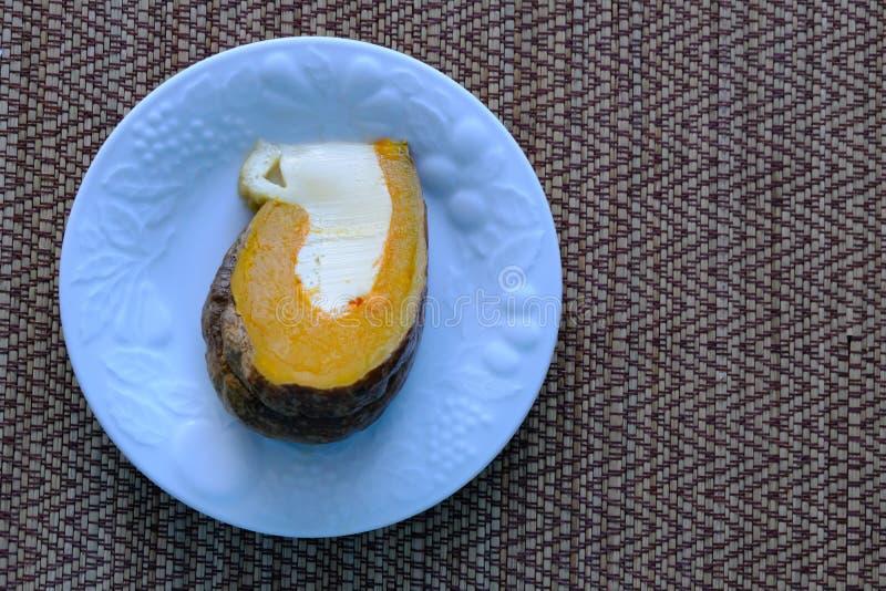 在南瓜的蒸的乳蛋糕鸡蛋, 免版税库存照片