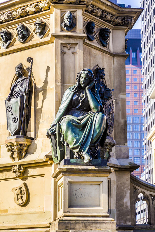 Download 在南Rossmarkt的约翰内斯・谷登堡纪念碑在Fra 库存图片 - 图片 包括有 约翰尼斯, 吸引力: 59105653