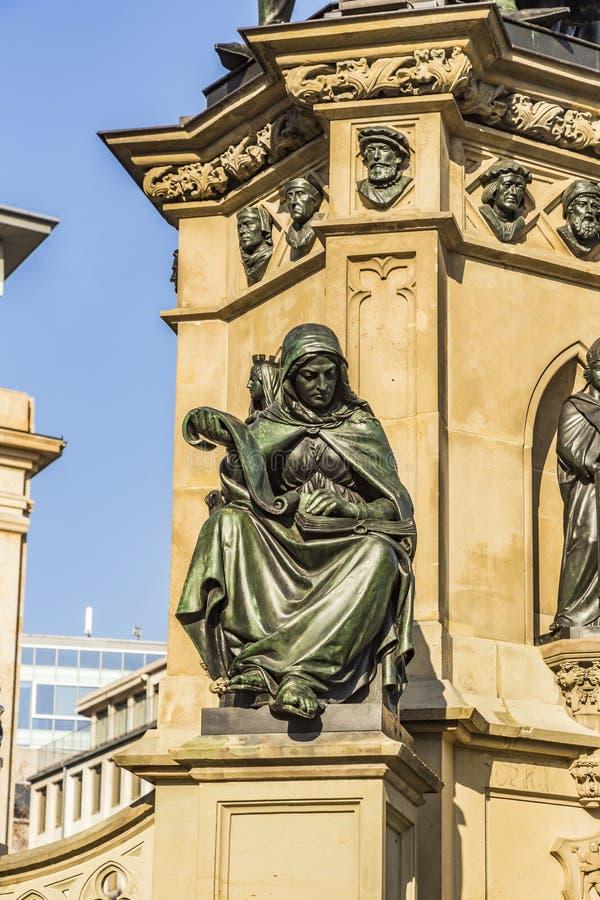 Download 在南Rossmarkt的约翰内斯・谷登堡纪念碑在Fra 库存照片 - 图片 包括有 约翰尼斯, 欧洲: 59105816
