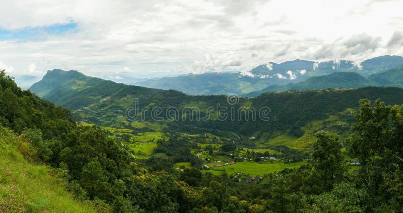 在博克拉,尼泊尔附近的青山 图库摄影