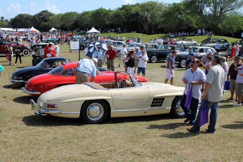 在博察Raton事件的经典奔驰车汽车 免版税库存图片