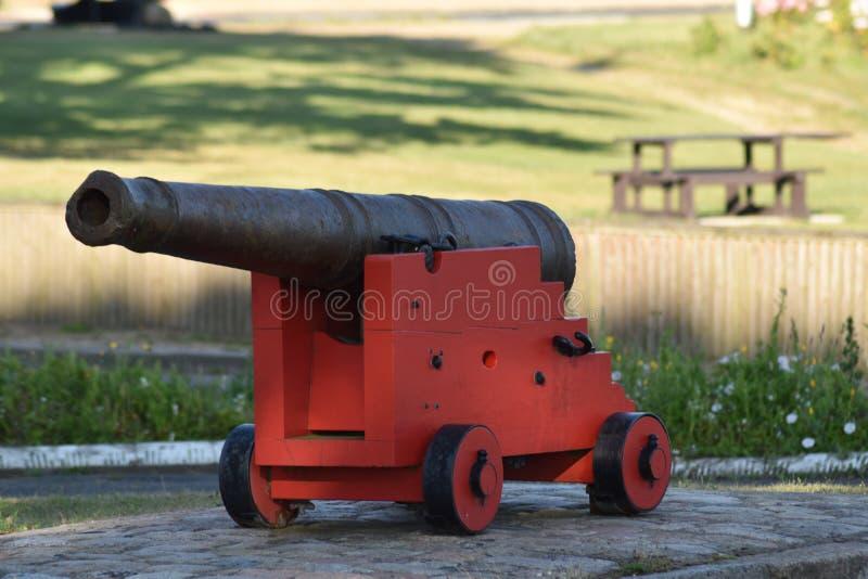 在博物馆的一个战争大炮武器 免版税库存照片
