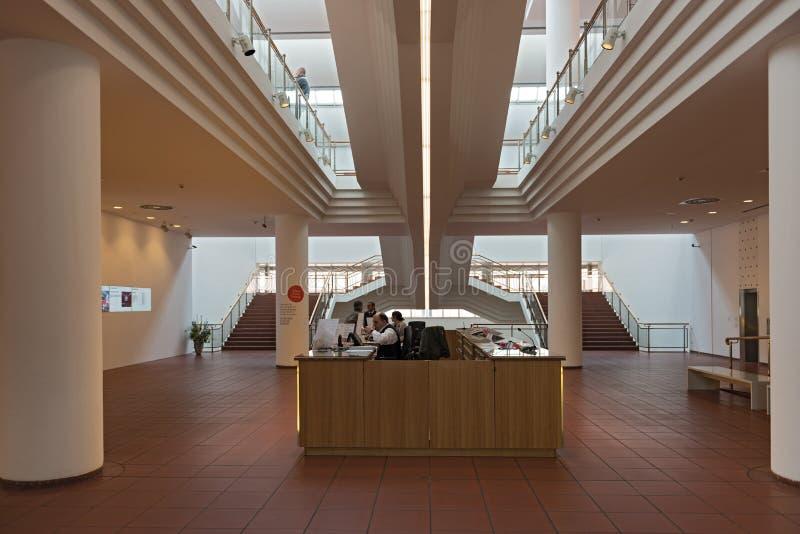 在博物馆路德维希,科隆香水,德国入区域和收款机 免版税图库摄影