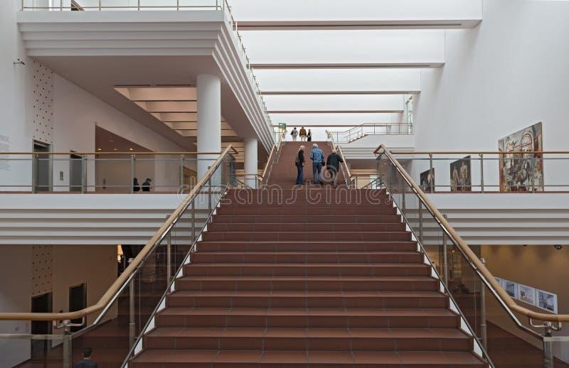 在博物馆路德维希,科隆香水,德国的楼梯 免版税库存照片