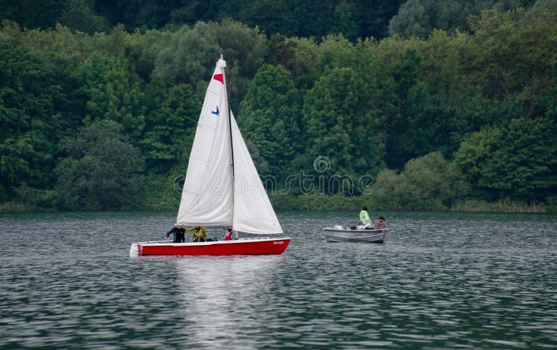 在博登湖(Bodensee,康斯坦茨) Mainau海岛的风船 德国 库存图片