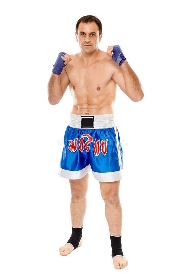 在卫兵姿态的Kickboxer 免版税库存照片