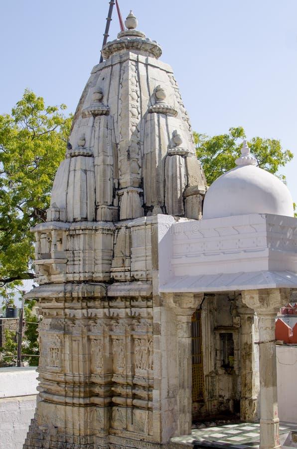 在印度教的宗教建筑上帝` s雕塑 免版税库存照片