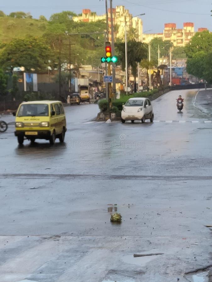 在印度浦那马哈拉施特拉状态早晨视图的路灯到底 库存图片