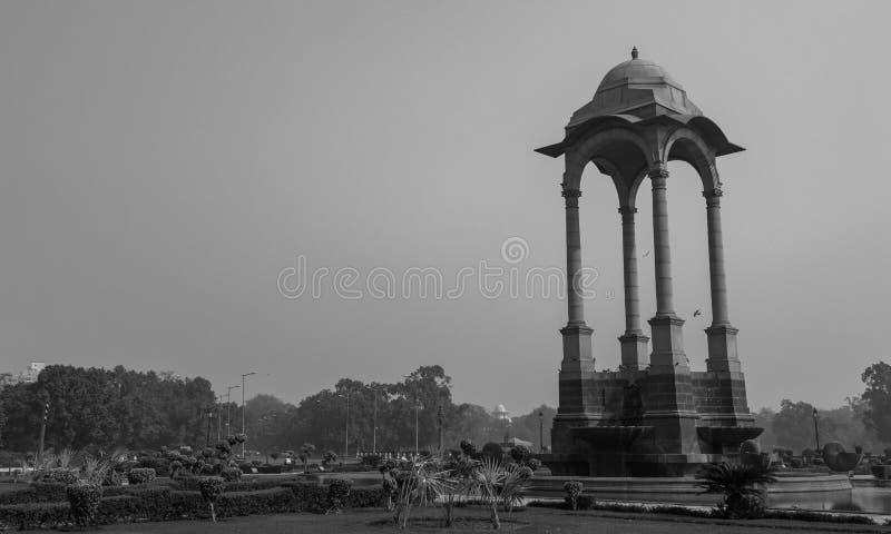 在印度门附近的眺望台 图库摄影