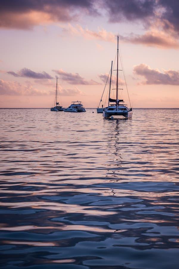 在印度洋的消遣游艇 图库摄影