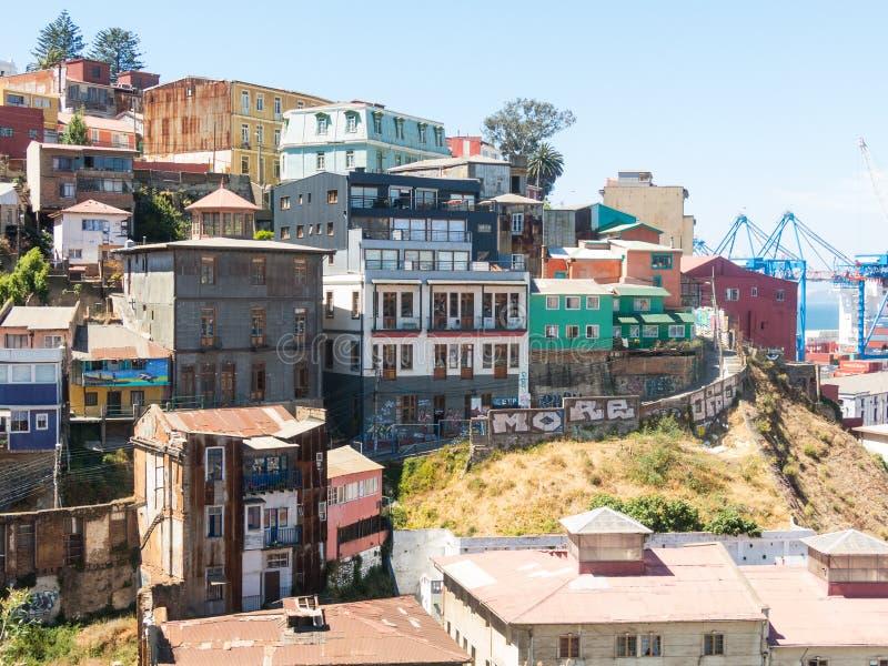 在历史城市瓦尔帕莱索,智利都市风景的看法  colo 库存图片
