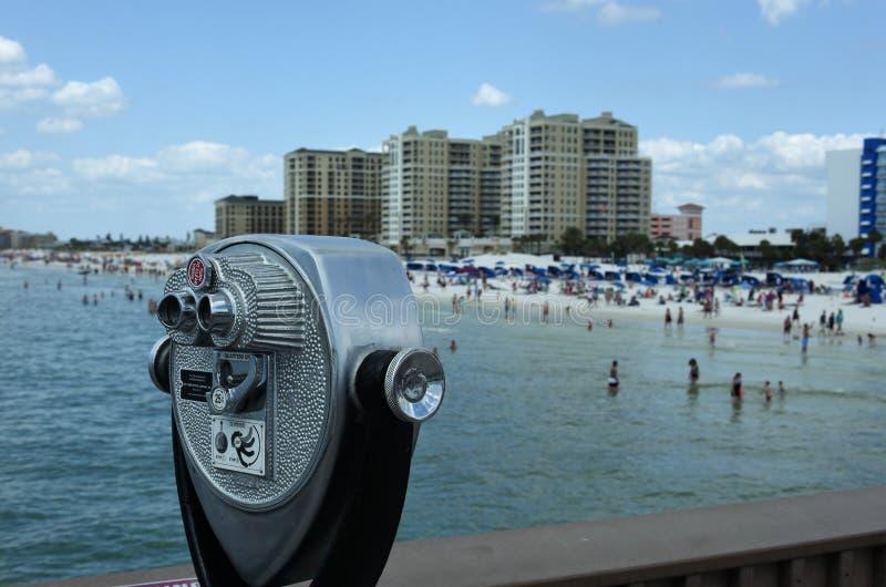 在原始海滩的视觉污染高层 库存图片