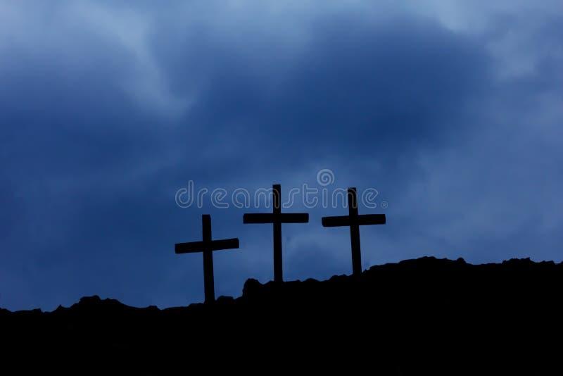 在受难象的三个十字架 免版税库存照片