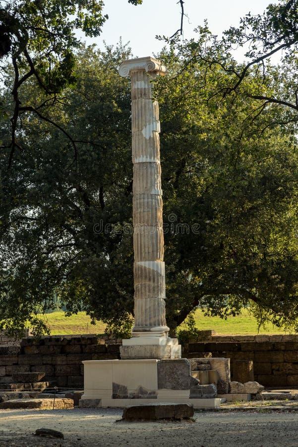 在古老奥林匹亚,伯罗奔尼撒半岛,希腊的废墟 库存照片